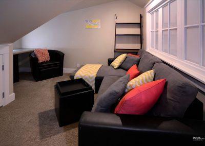 203 Horseshoe_19 upstairs lounge